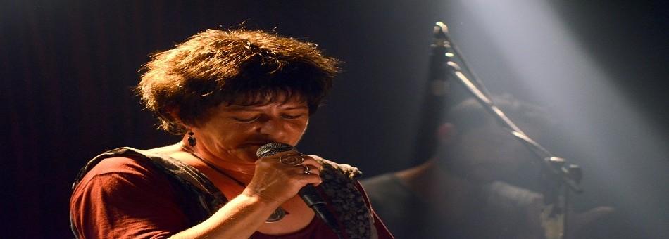 Η Φωτεινή Βελεσιώτου τραγουδάει τις μούσες του Ρεμπέτικου | Πέμπτη 14 Σεπτεμβρίου | Θέατρο Βράχων