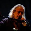 Ο Γιάννης Αγγελάκας τραγουδάει Μπέρτολτ Μπρεχτ